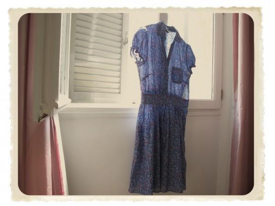 blue-dress-558x419