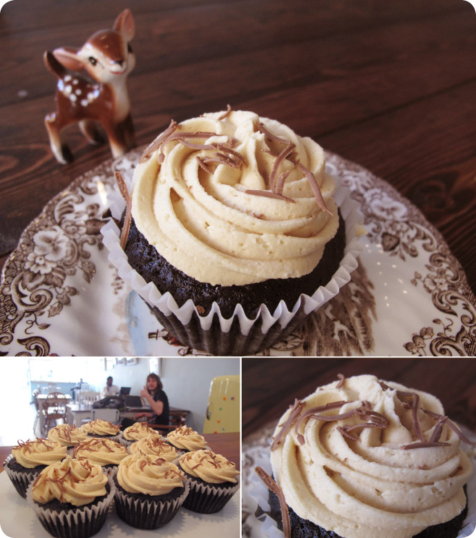 chocolate-peanut-butter-cupcakes