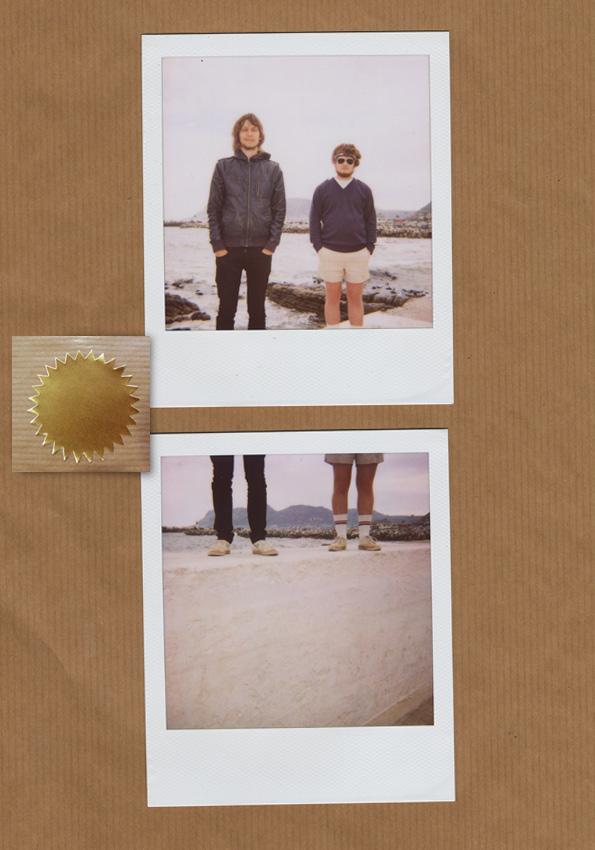 polaroid-legs2