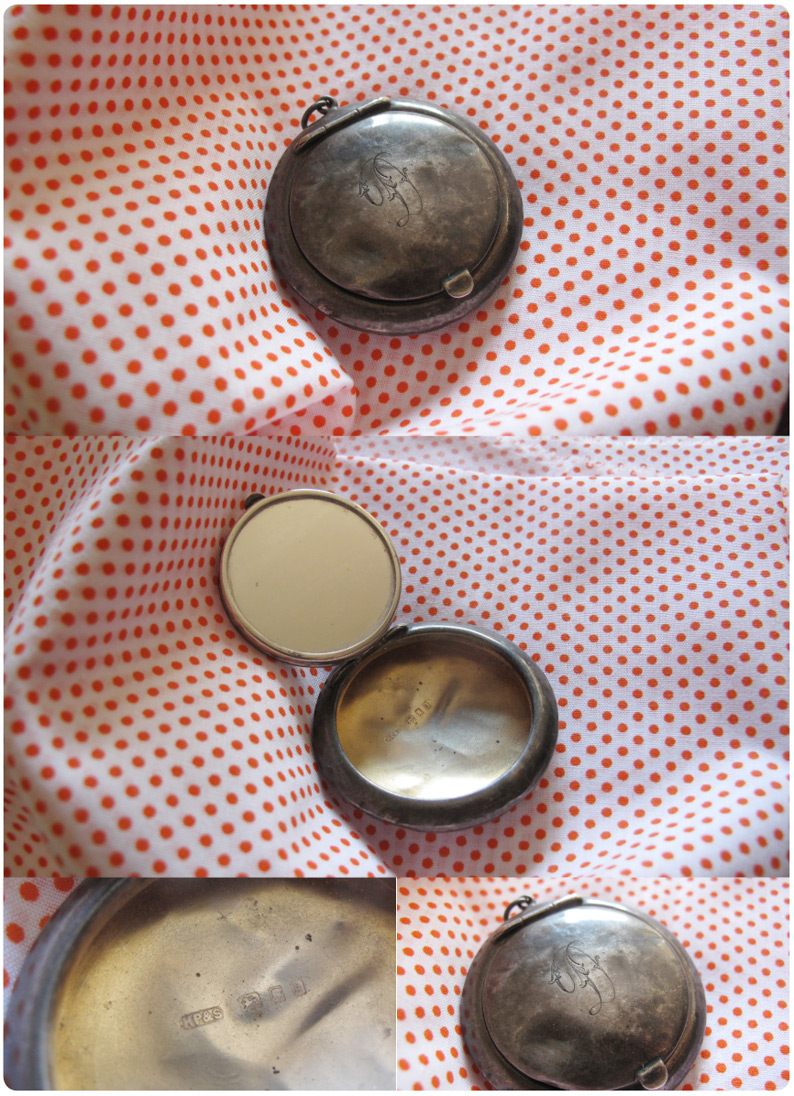 silver-make-up-compact
