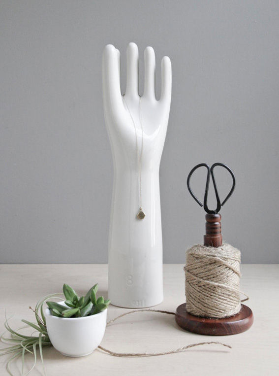 porcelain-glove-2