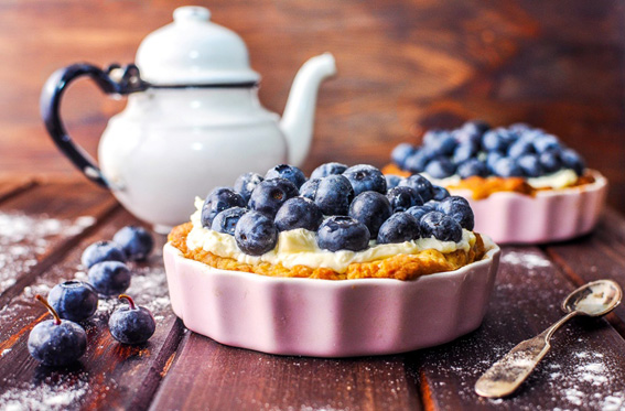 Mini-tart-with-blueberries-and-mascarpone