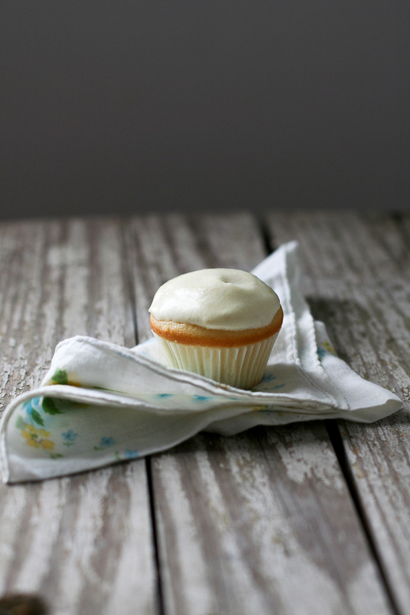 Orange-Cupcakes-with-Sweetened-Condensed-Frosting