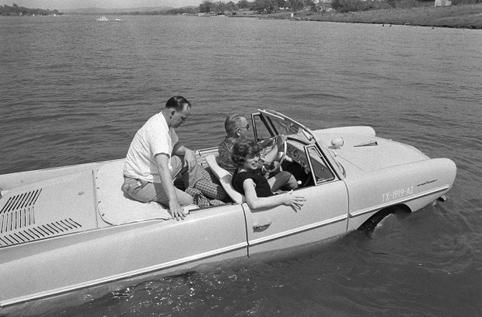 Amphibious-car