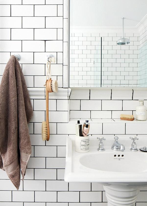 Leanne-bathroomdetail