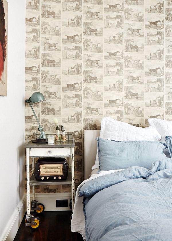 Leanne-bedroom