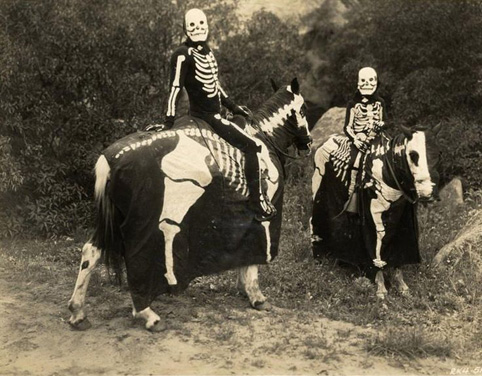 skeleton-riders