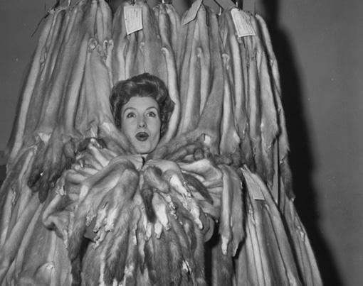 mink-queen-1960