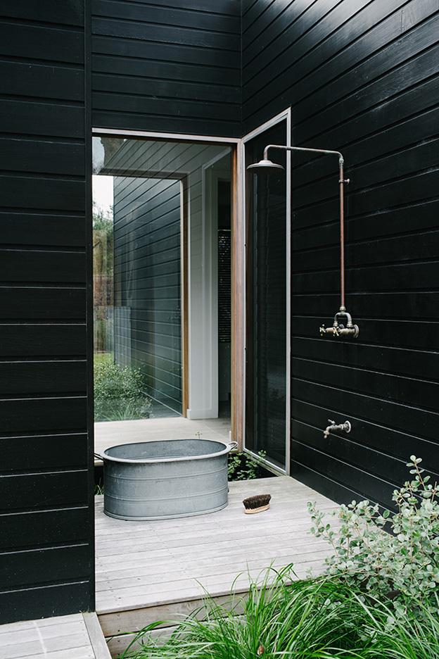 Share-Design-Inspiration-Blog-Sorrento-Beach-House-by-Shareen-Joel-Design-01