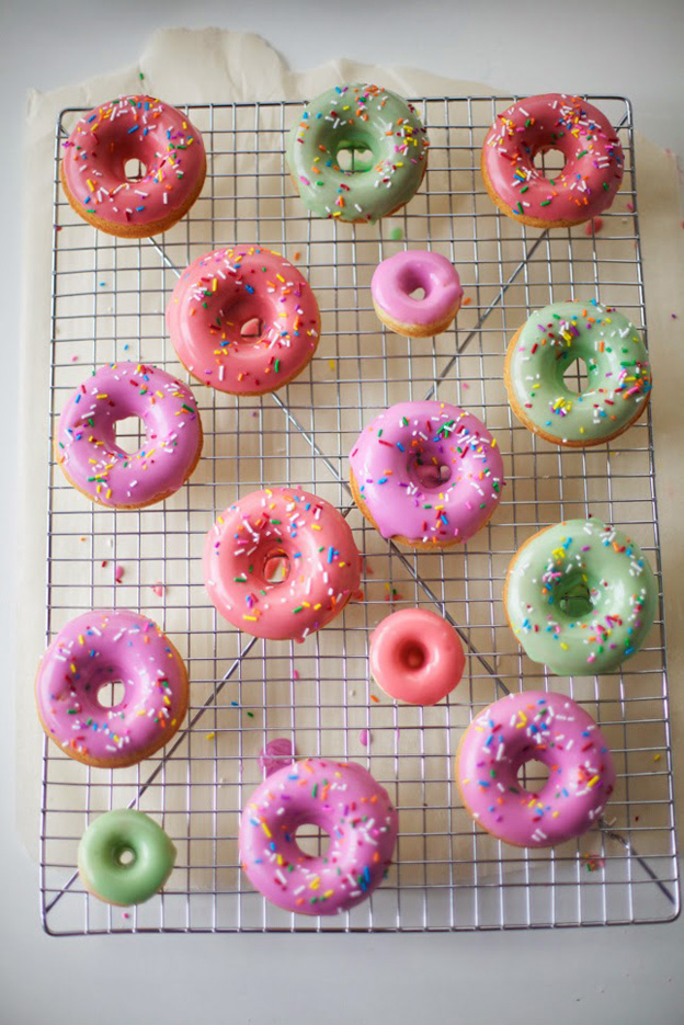 colourful-donuts