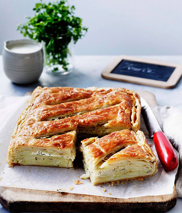 herbed-potato-and-crème-fraîche-tourte