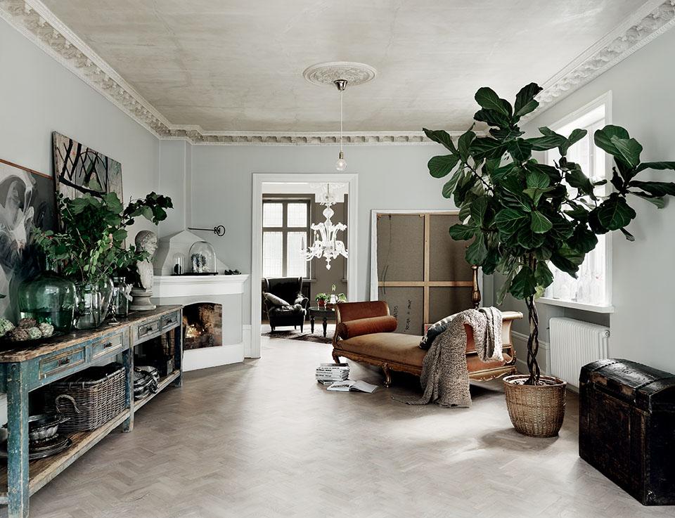 Pretty Swedish home-6