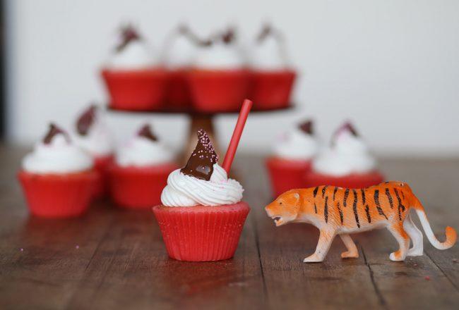 Strawberry-Milkshake-Cupcakes-3