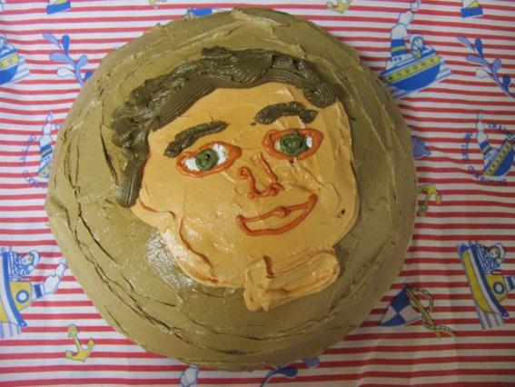 hilton-tennant---cake