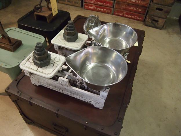 tin-table-1
