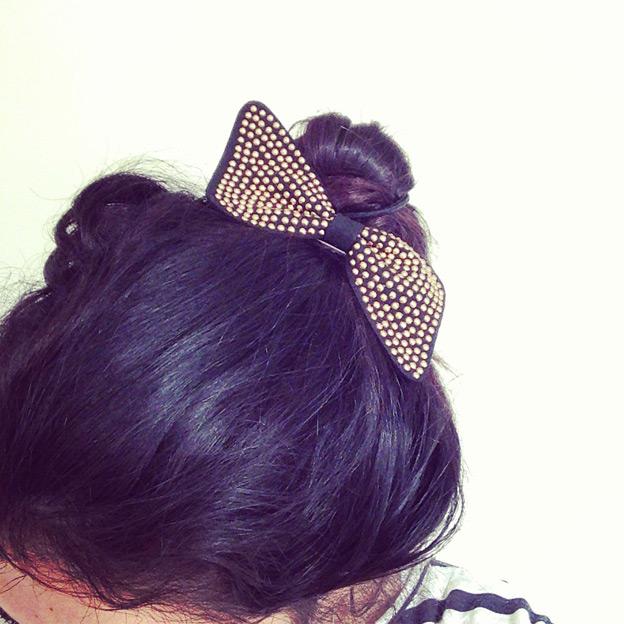 bow-clip
