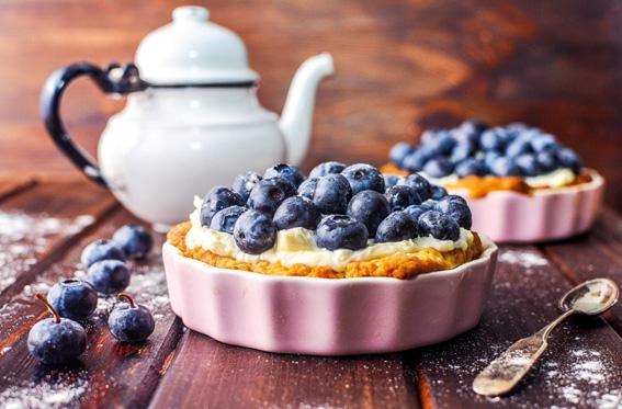 Mini-tart-with-blueberries-and-mascarpone