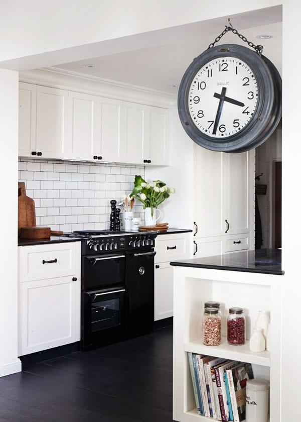 Leanne-kitchen
