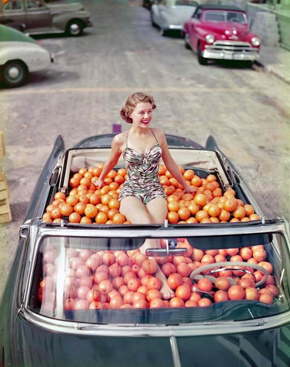 lady-in-a-car