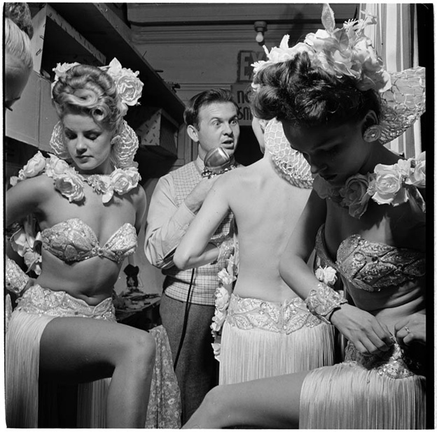 photographs-by-stanley-kubrick-look-magazine-life-in-new-york-40s-11