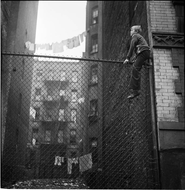 photographs-by-stanley-kubrick-look-magazine-life-in-new-york-40s-4