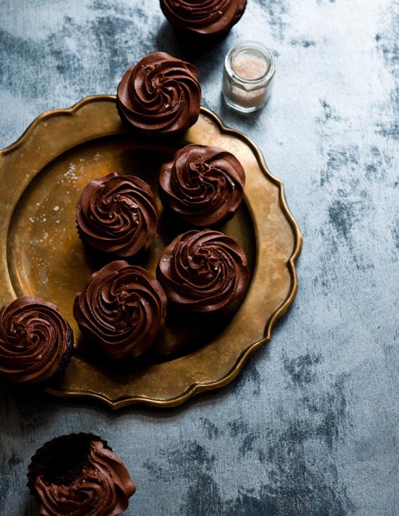 Earl-Grey-Dark-Chocolate-Cupcakes