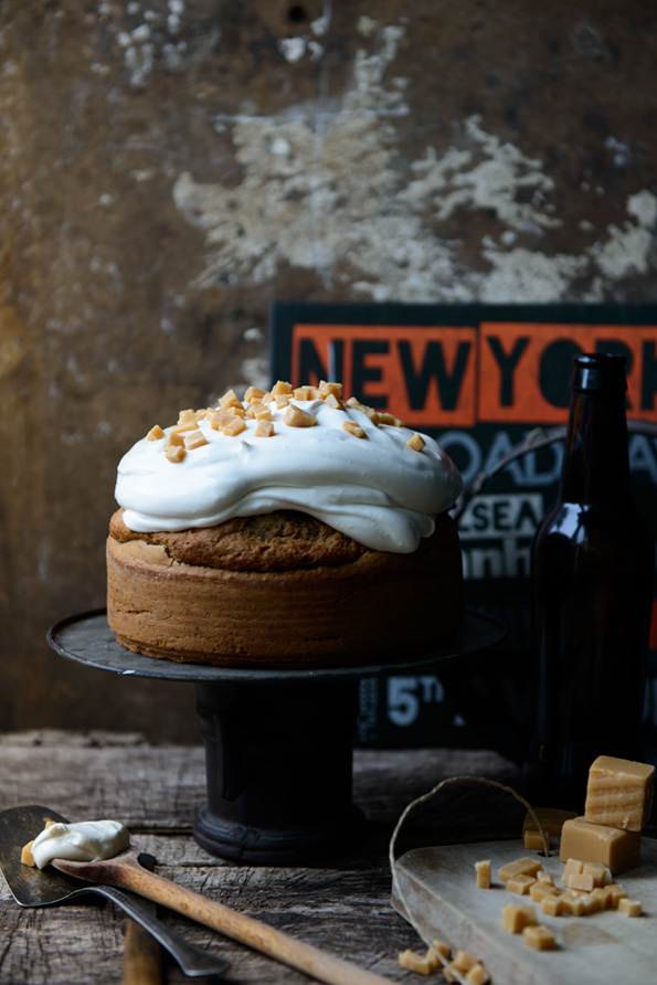 All-maple-syrup-cake-with-pecans-1