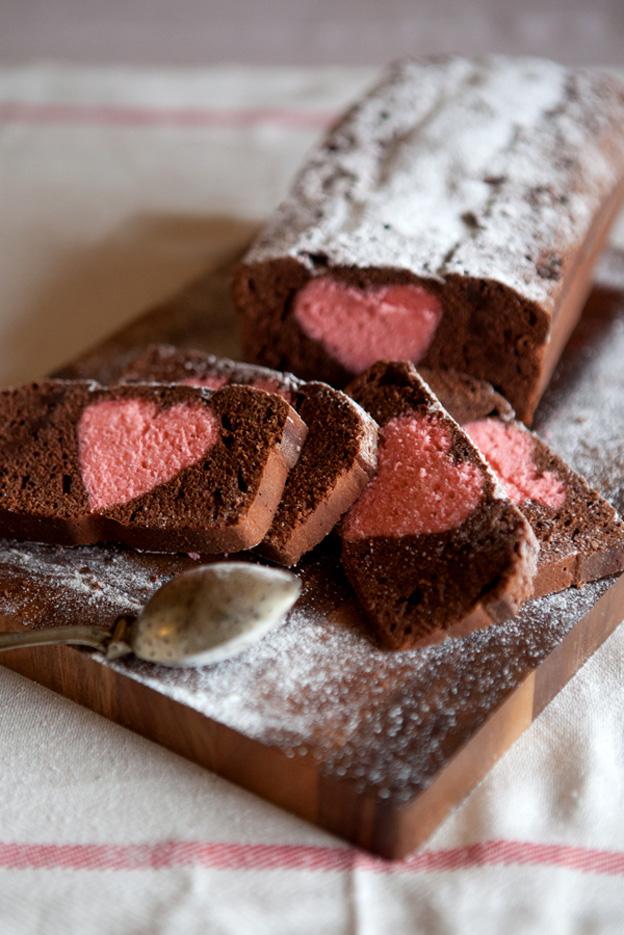 chocolate-heary-cake