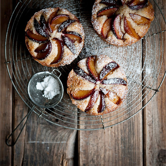 Plum,-Rosemary,-and-Brandy-Cakes