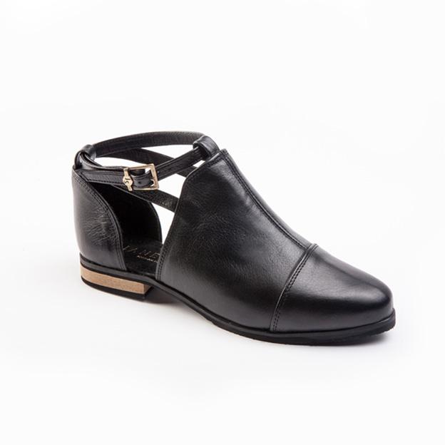 jane-sews-shoes-1