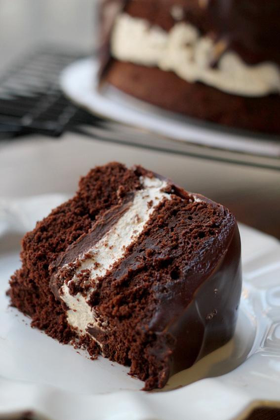 salted-caramel-ding-dong-cake