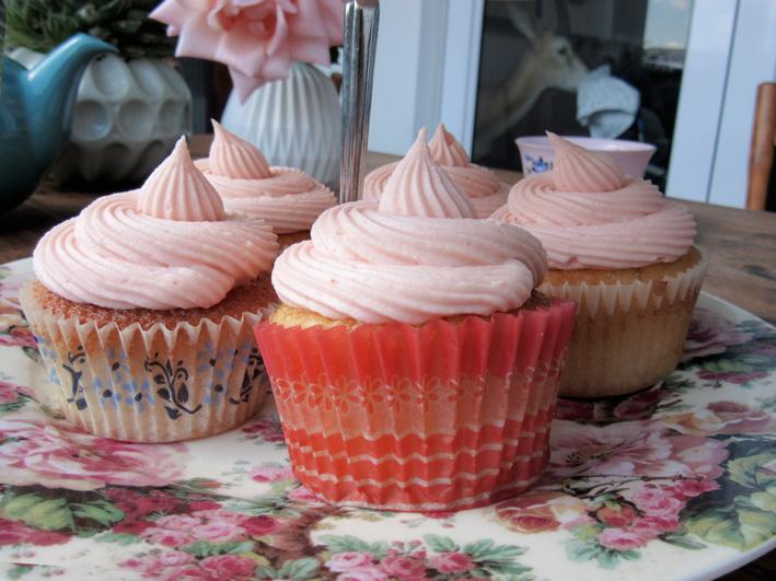 rosewater-cupcake-5