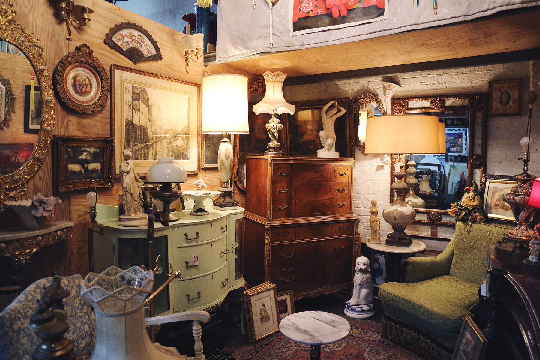 eclectic-collectibles-and-antiques-8