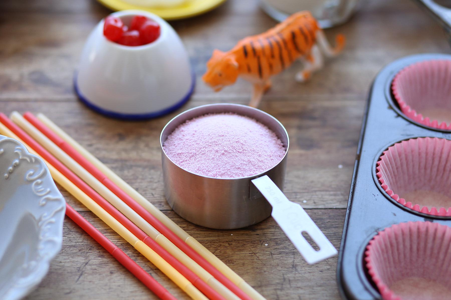 Strawberry-Milkshake-Cupcakes-8