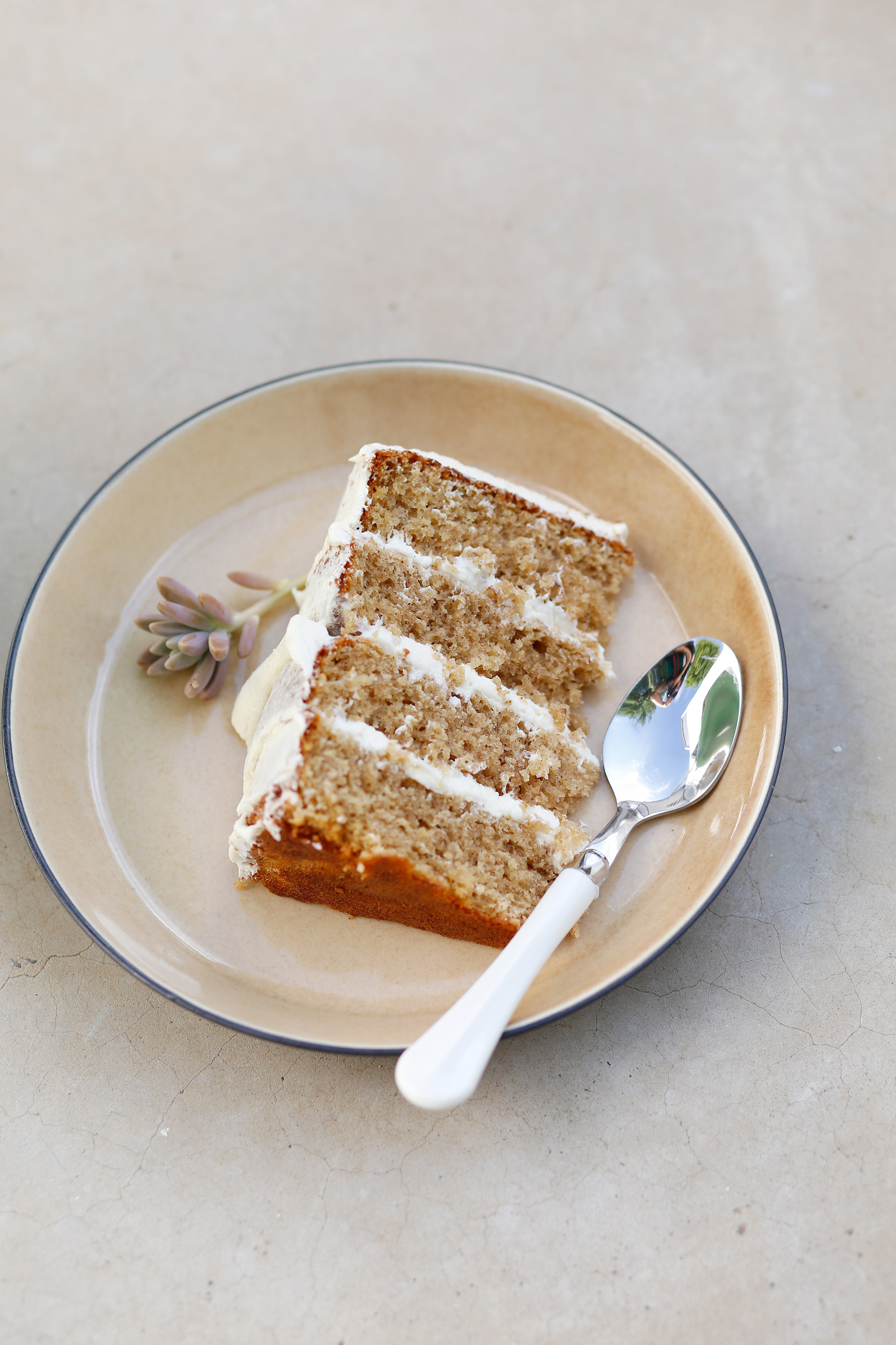 naked-cinammon-cake-with-milktart-buttercream-2