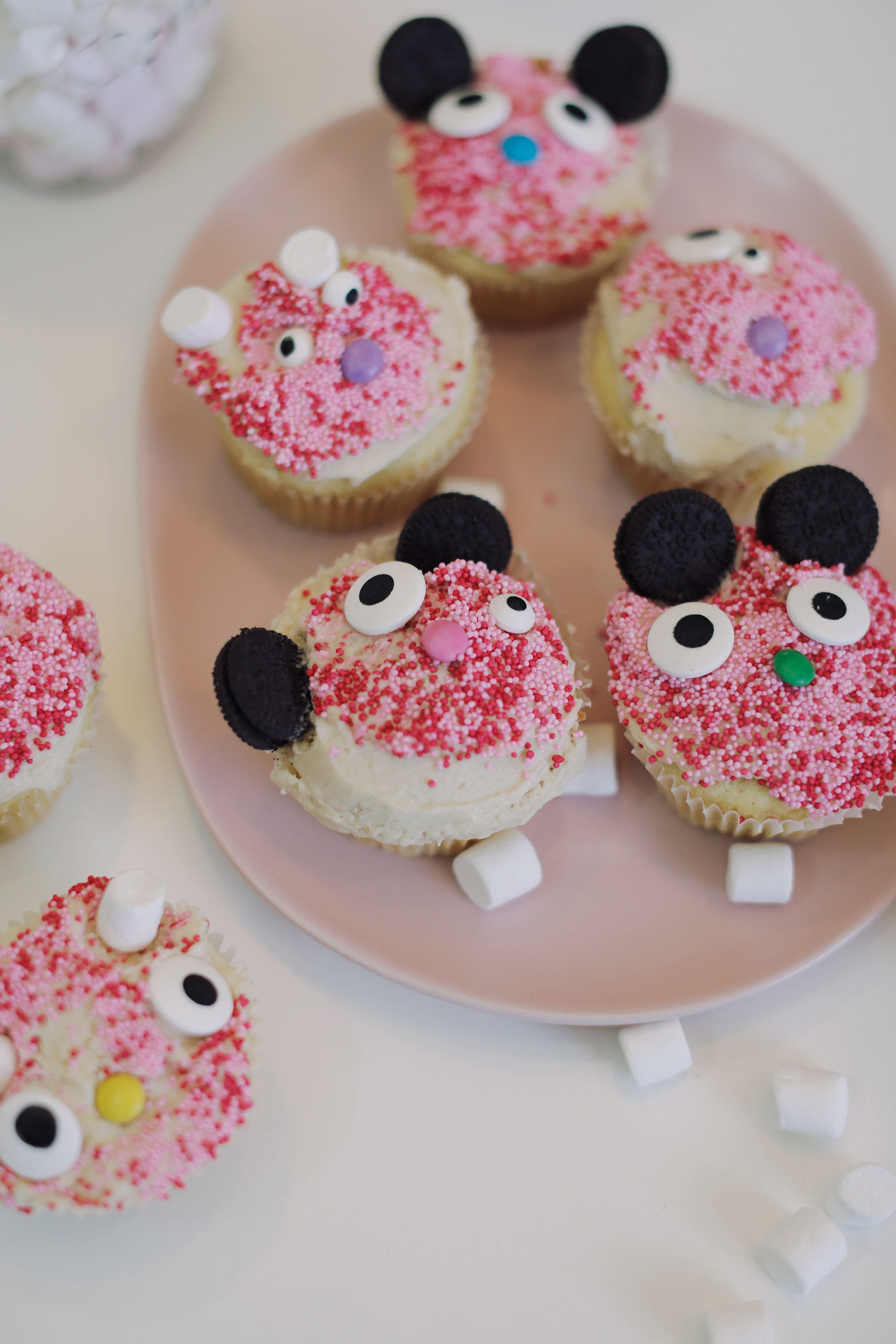 Easy-to-make-bunny-cupcakes-2