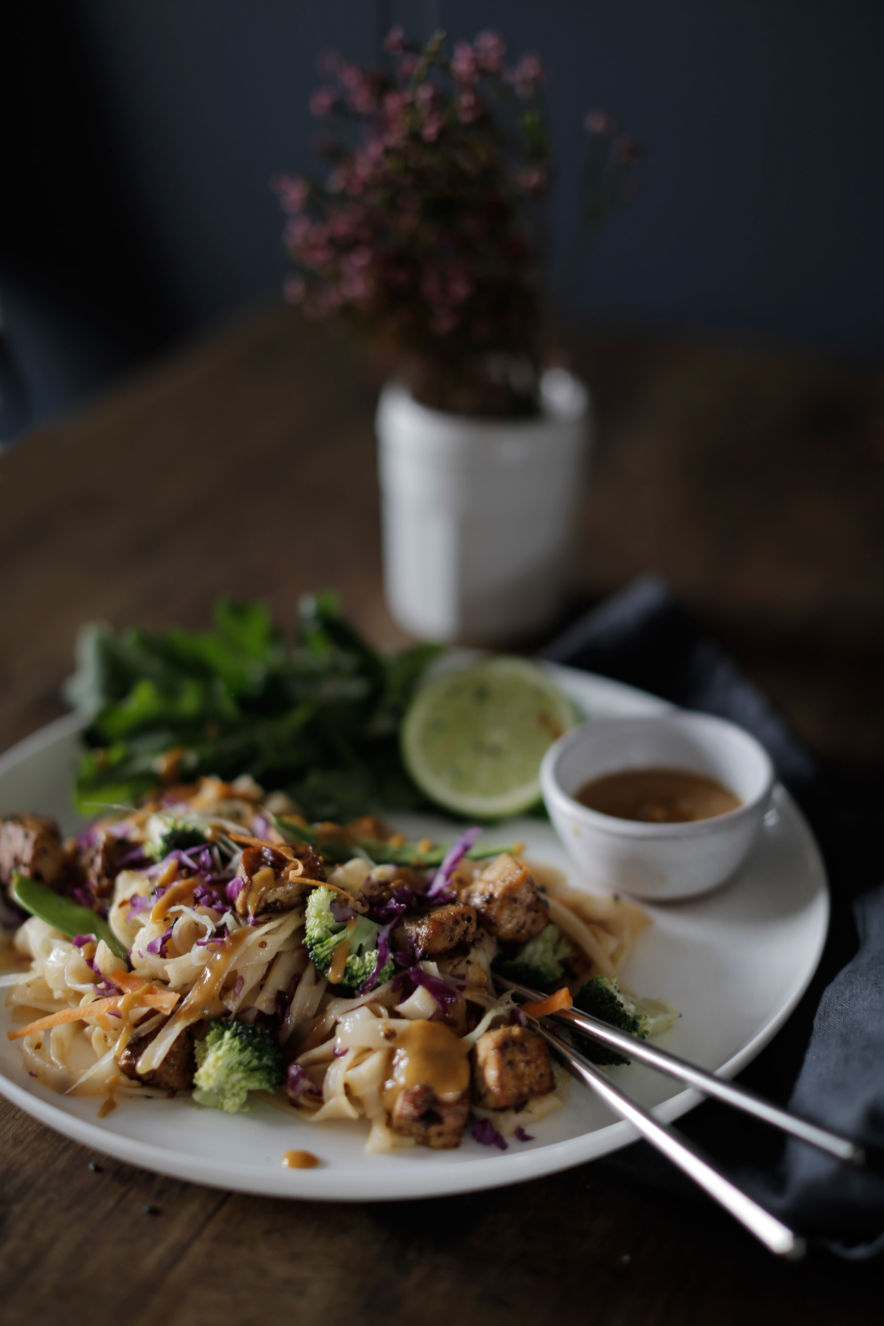 Thai-Salad-with-Sweet-and-Salty-Tofu-and-Red-Curry-Peanut-Sauce-6