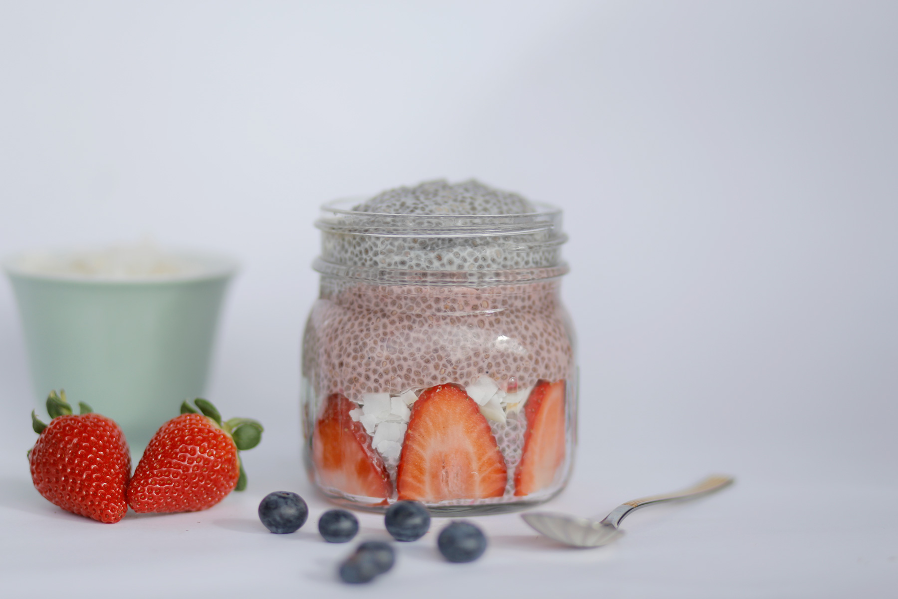 Almond Berry Chia Pudding-4