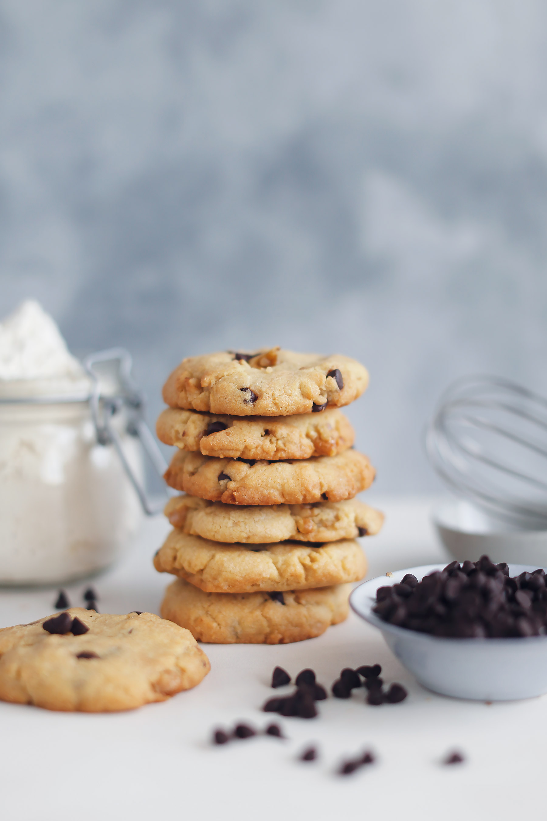 The-best-Chocolate-Chip-and-Walnut-Cookies