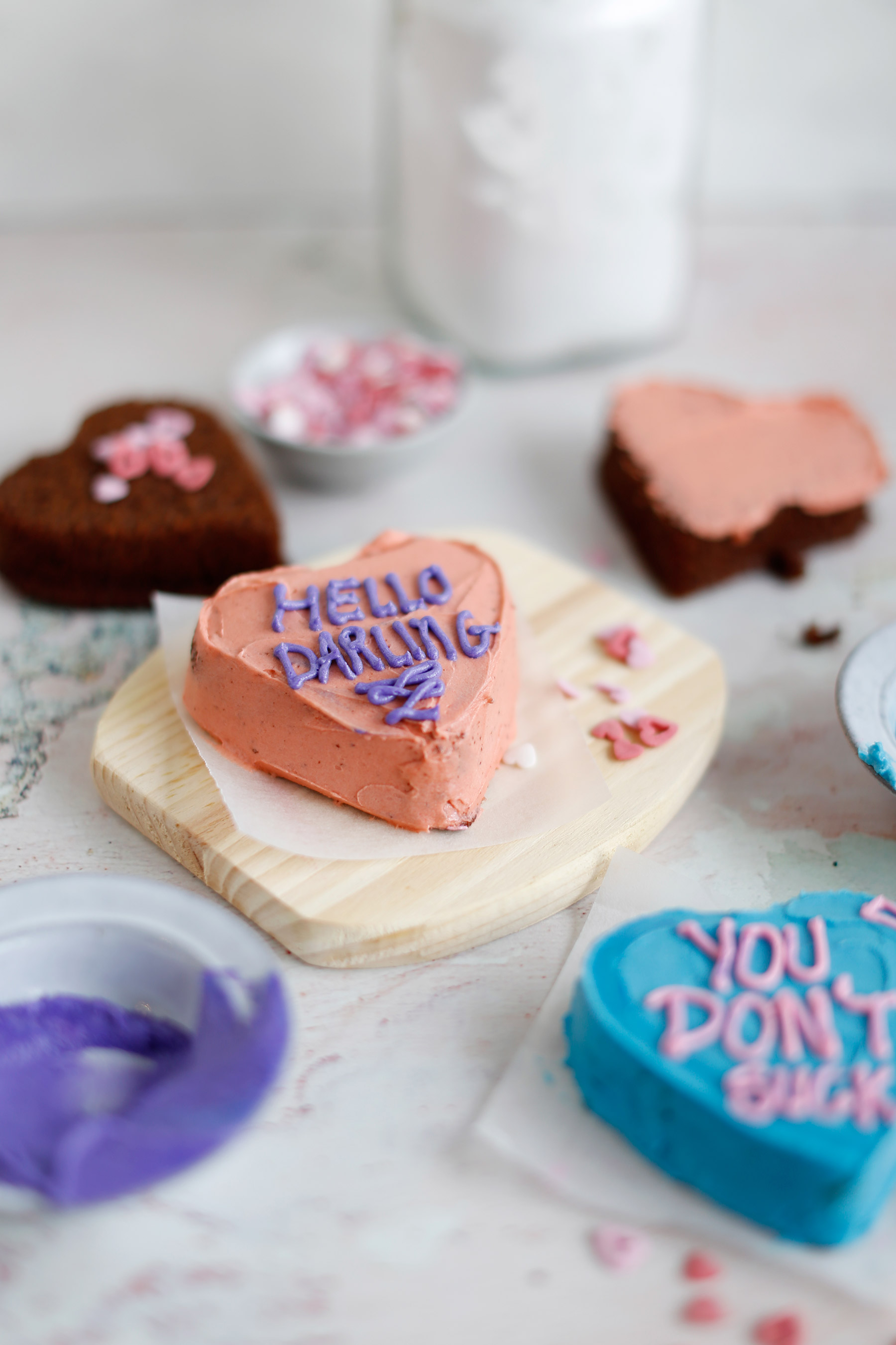 Valentine's-Day-Love-Heart-Cakes-1