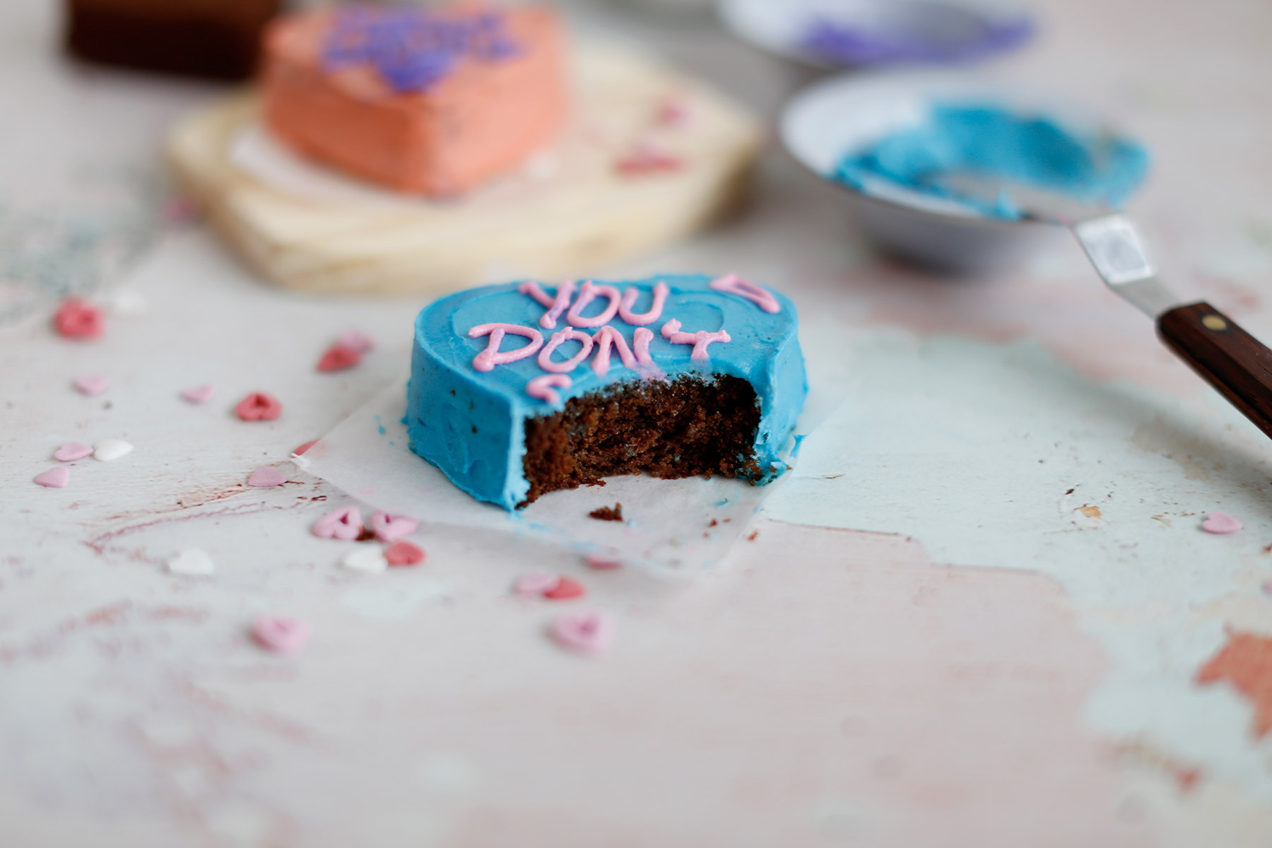Valentine's-Day-Love-Heart-Cakes-9
