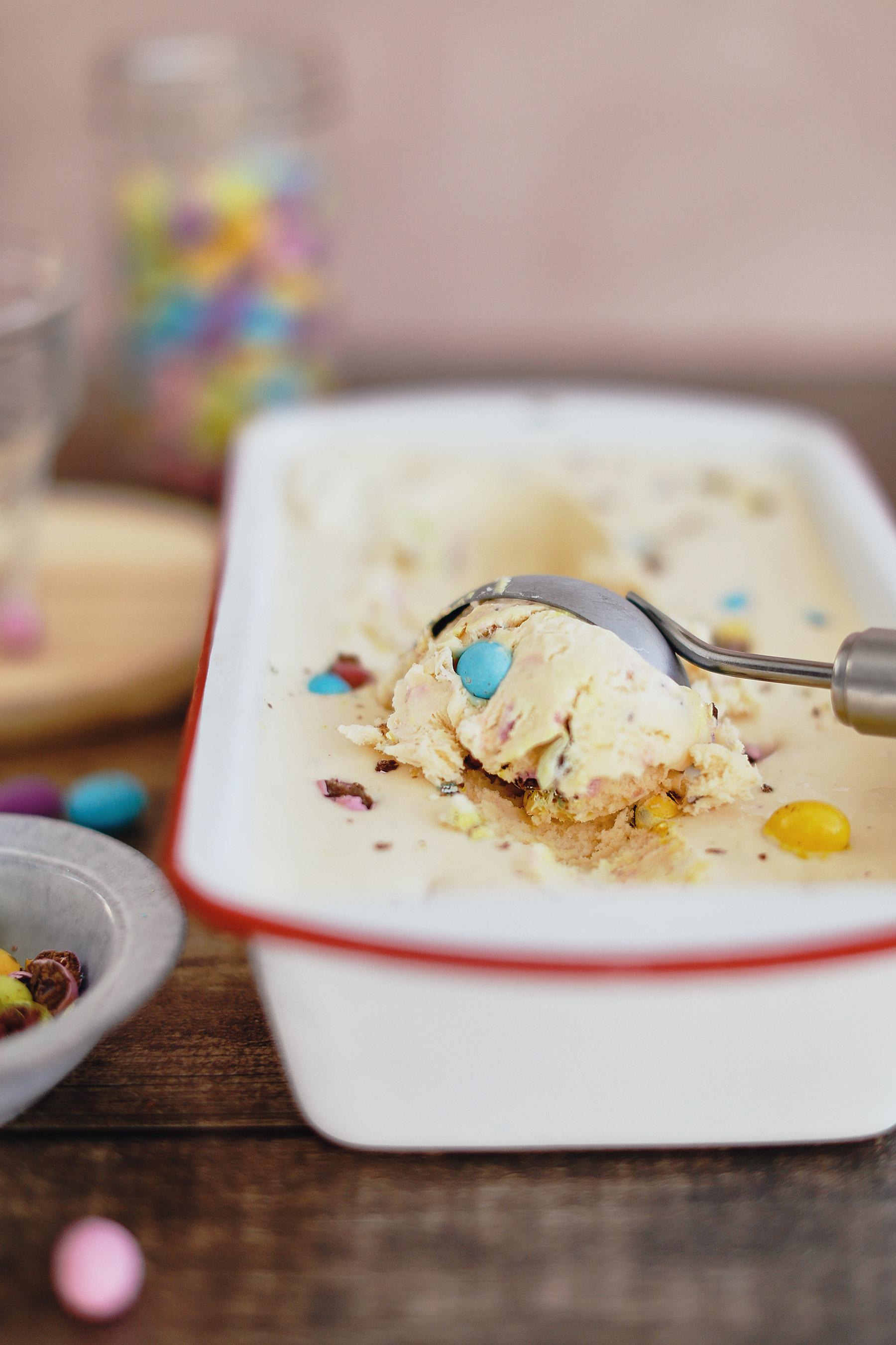 FUNFETTI-SPECKLED-EGG-ICE-CREAM-CAKE-8